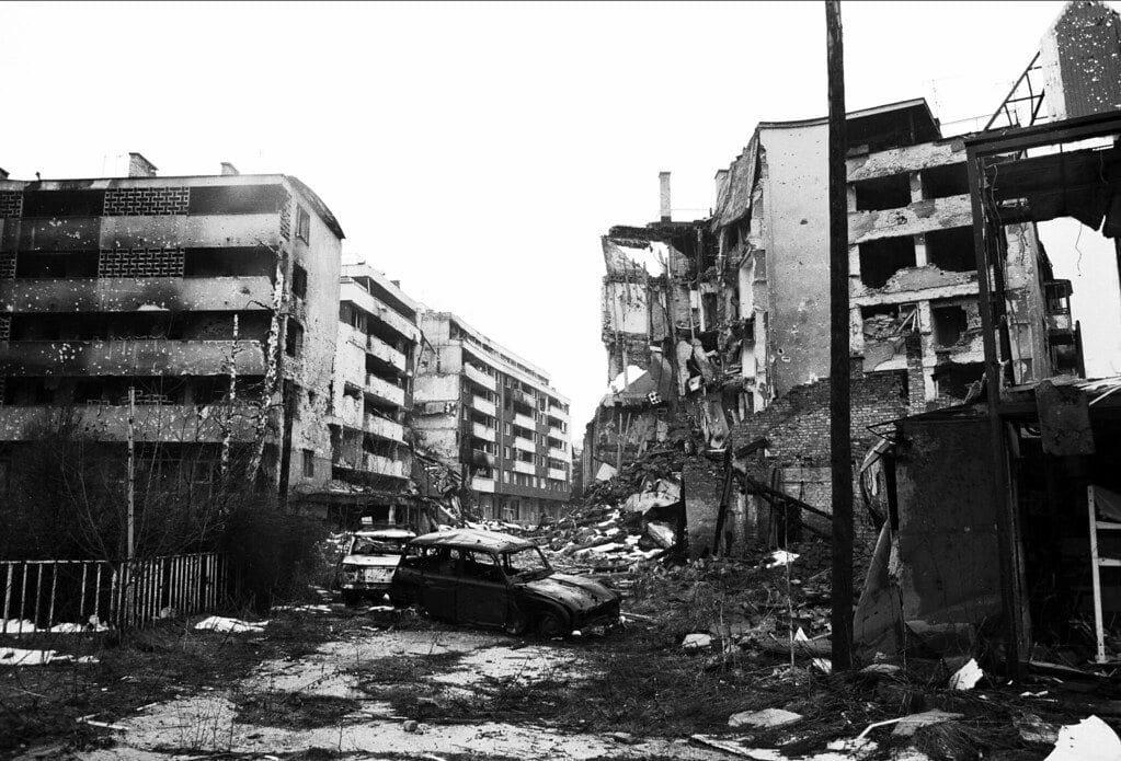 sarajevo, sarajevo under the siege, sarajevo bosnia, bosnia, war in bosnia, war in sarajevo